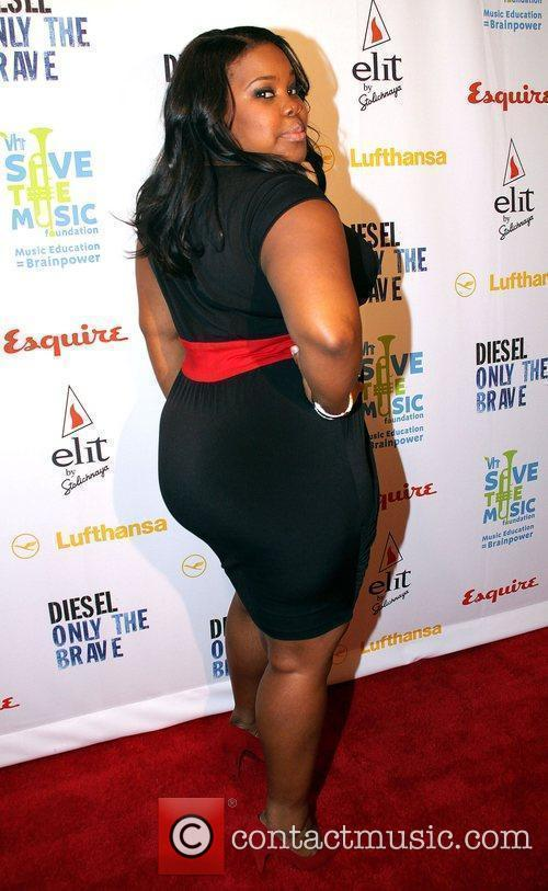 Amber Riley and Vh1 4