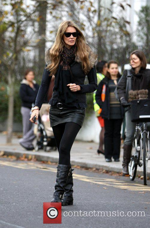 Elle Macpherson heads home after dropping her children...