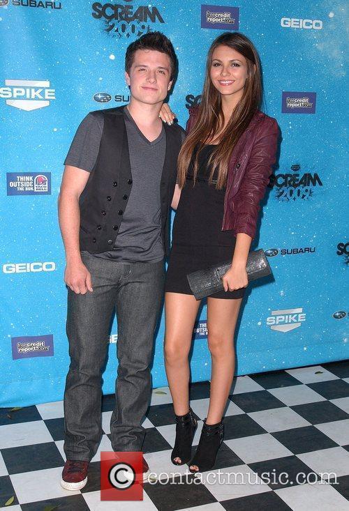 Josh Hutcherson and Victoria Justice Spike TV's 2009...