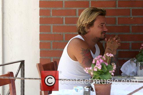 Sean Stewart enjoys lunch in Beverly Hills Los...