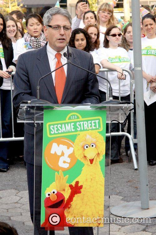 Gary E. Knell and Sesame Street 1