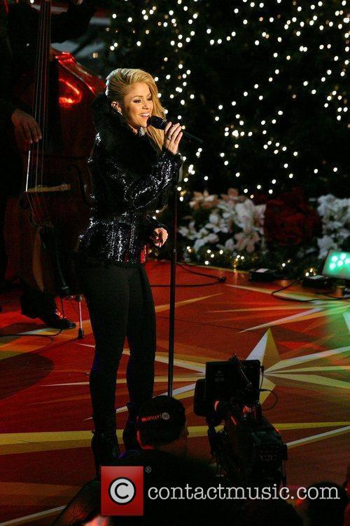 Singer Shakira 3
