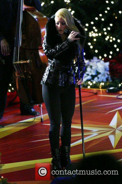 Singer Shakira 5