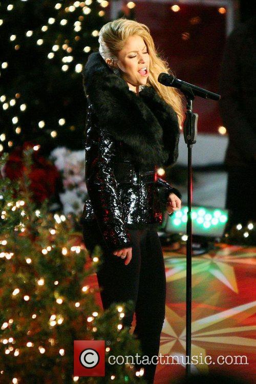Singer Shakira 11