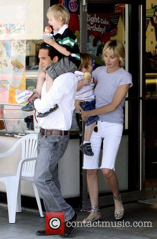 Sharon Stone buys ice cream for her two...