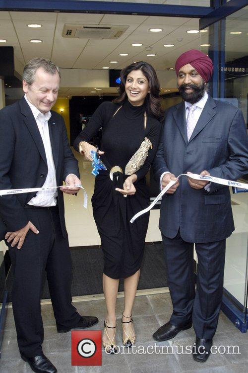 Andy Griffiths, Shilpa Shetty and John Digwa founder...