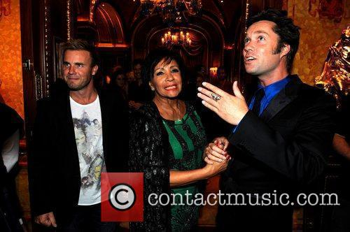 Gary Barlow, Rufus Wainwright and Shirley Bassey 4