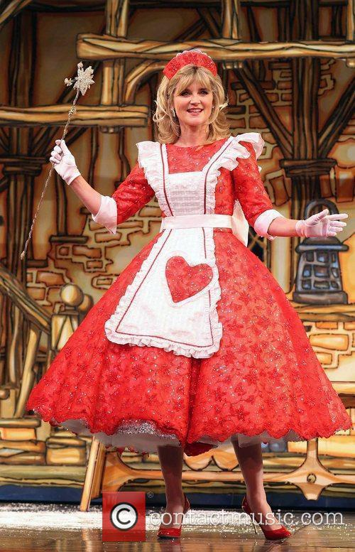 Anthea Turner As Fairy Godmother 6