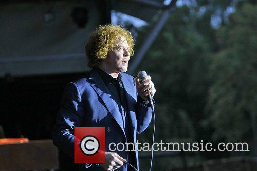 Simply Red 4