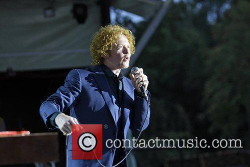 Simply Red 10