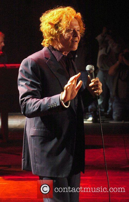Mick Hucknall 8