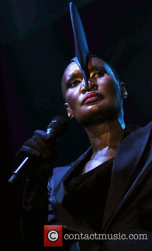 Grace Jones and Sonar 5