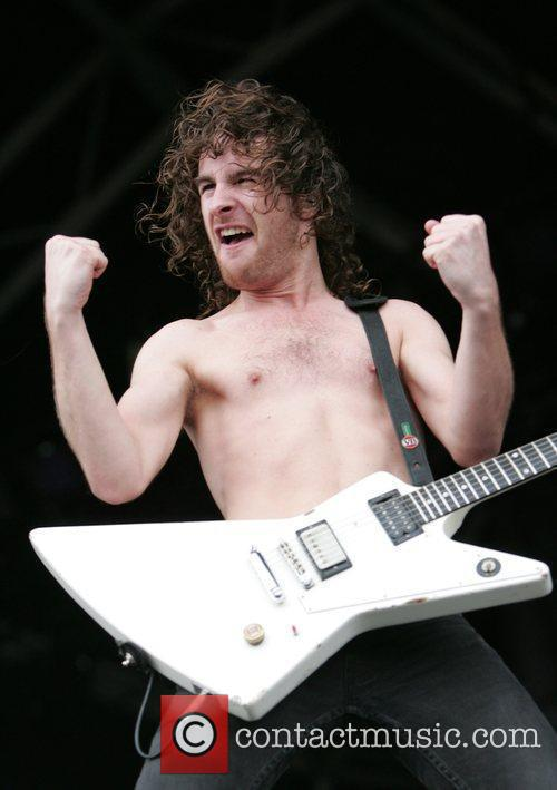 Airbourne 6
