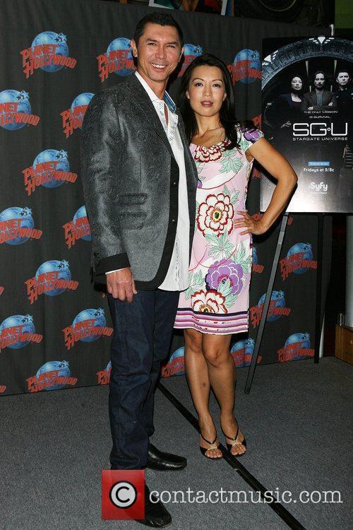 Ming-na and Lou Diamond Phillips 10