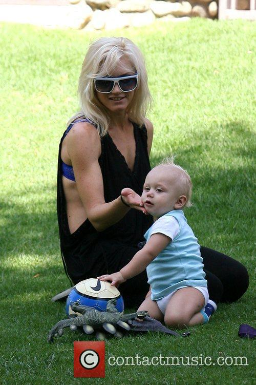 Gwen Stefani and Her Son Zuma Rossdale 1