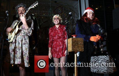 Noel Fielding (center) of The Mighty Boosh Stella...