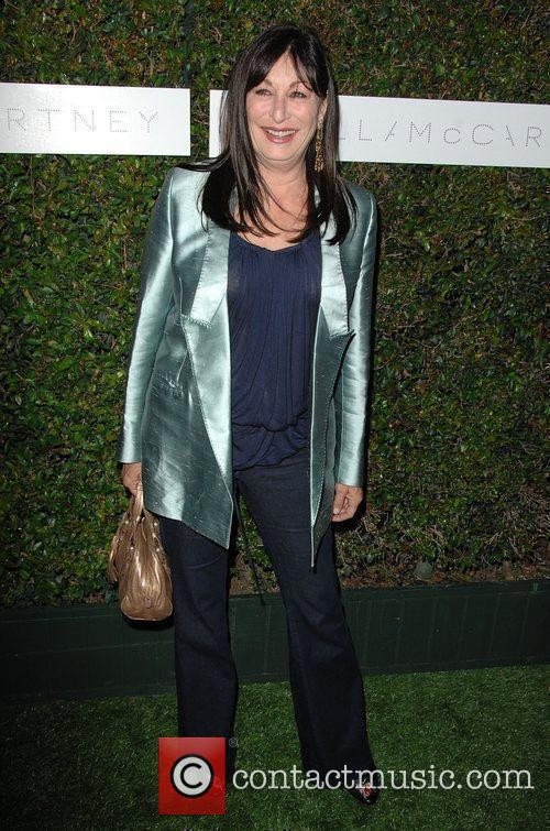 Anjelica Huston and Stella Mccartney 2