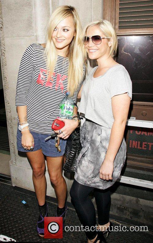 Fearne Cotton and Heidi Range 11