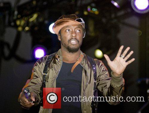will.i.am of the Black Eyed Peas Chicago radio...