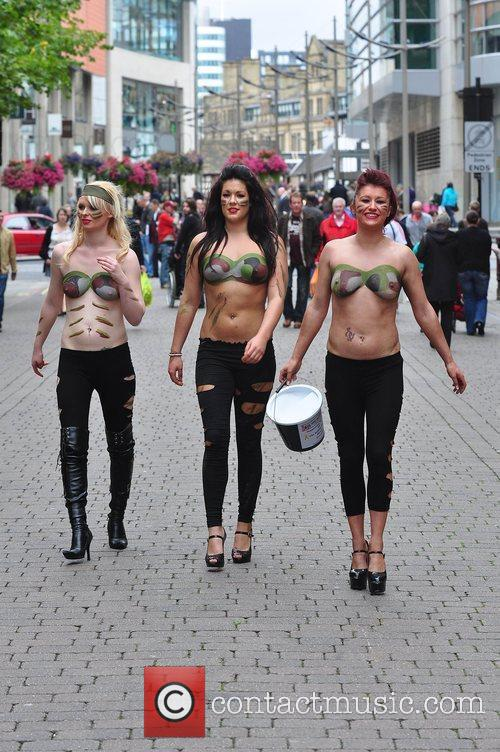Women With Painted-on Camouflage Bras Collect Money For The Support Our Soldiers (sos) Charity 10