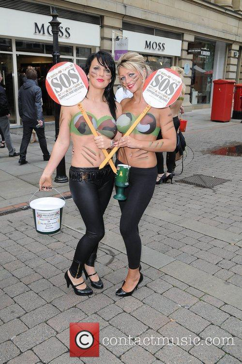 Women With Painted-on Camouflage Bras Collect Money For The Support Our Soldiers (sos) Charity 9