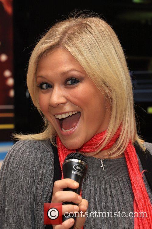 Suzanne Shaw Disney Sing It: Pop Hits -...