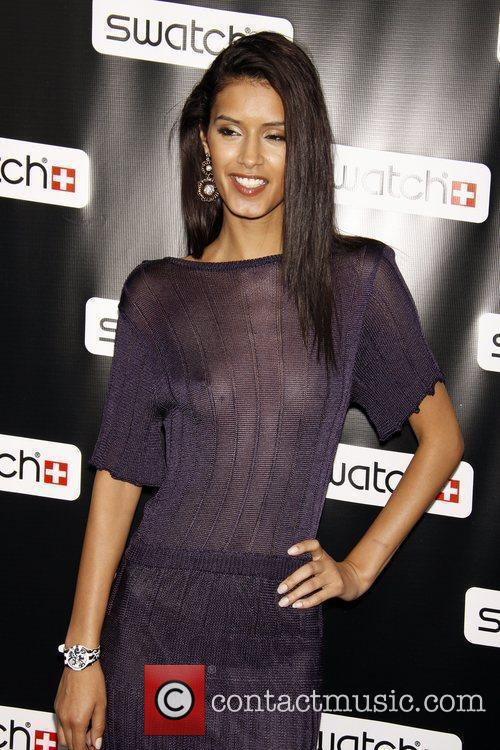 Jaslene Gonzalez Release party for the CreArt By...