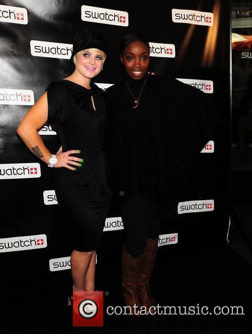 Kelly Osbourne, Estelle, Times Square
