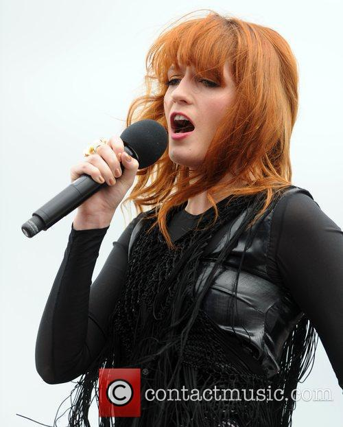 Florence And The Machine and T4 On The Beach 11