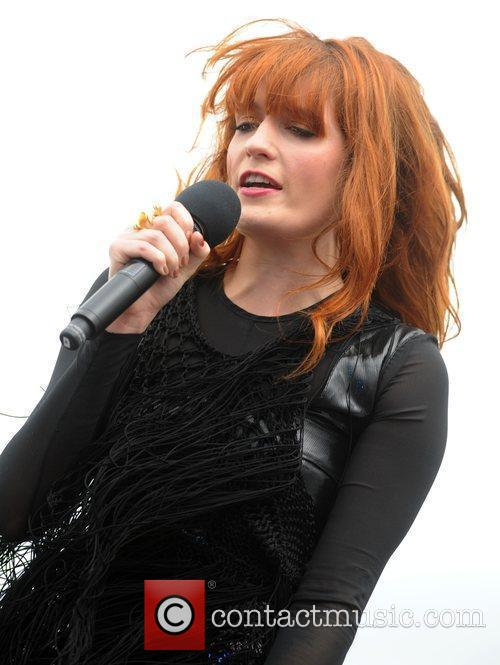 Florence And The Machine and T4 On The Beach 9