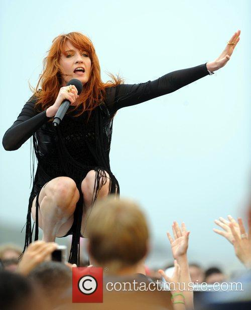 Florence And The Machine and T4 On The Beach 4