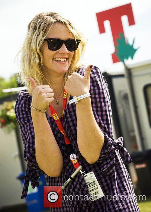 Edith Bowman and T In The Park 2