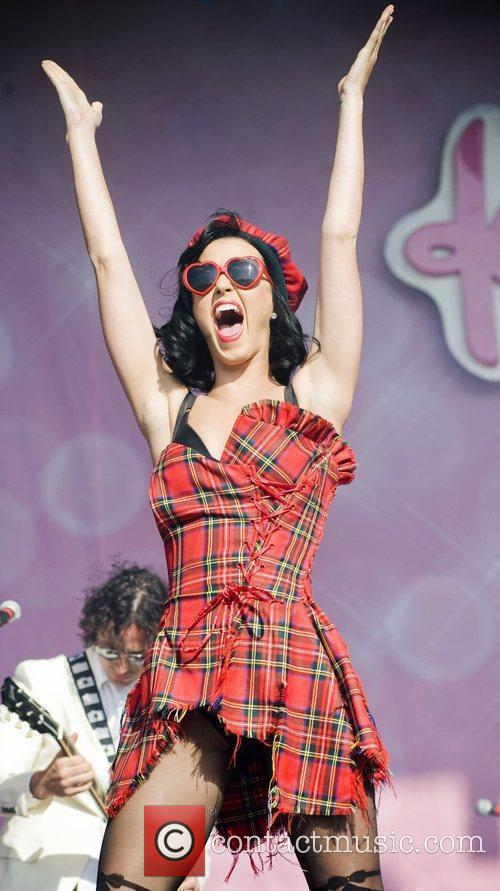 Katy Perry and T In The Park 5