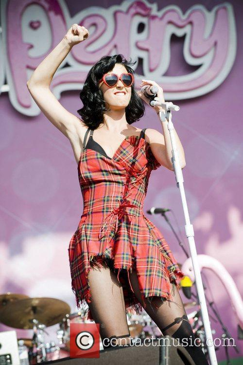 Katy Perry and T In The Park 8