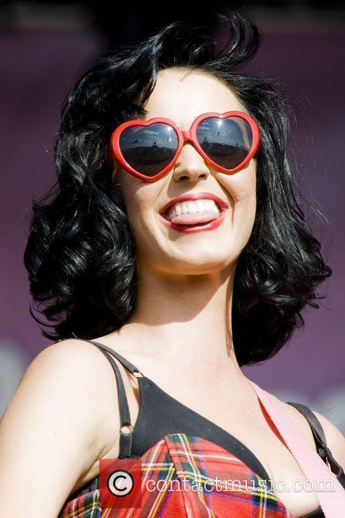 Katy Perry and T In The Park 4