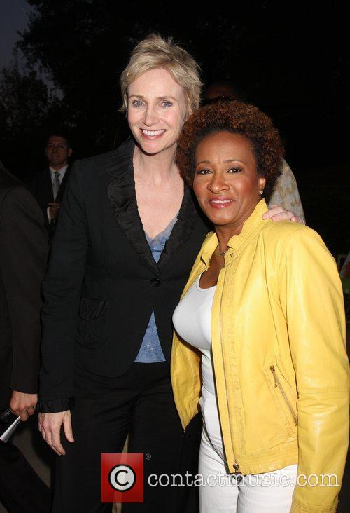 Jane Lynch and Wanda Sykes 3
