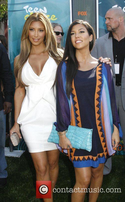 Kim Kardashian and Kourtney Kardashian Teen Choice Awards...