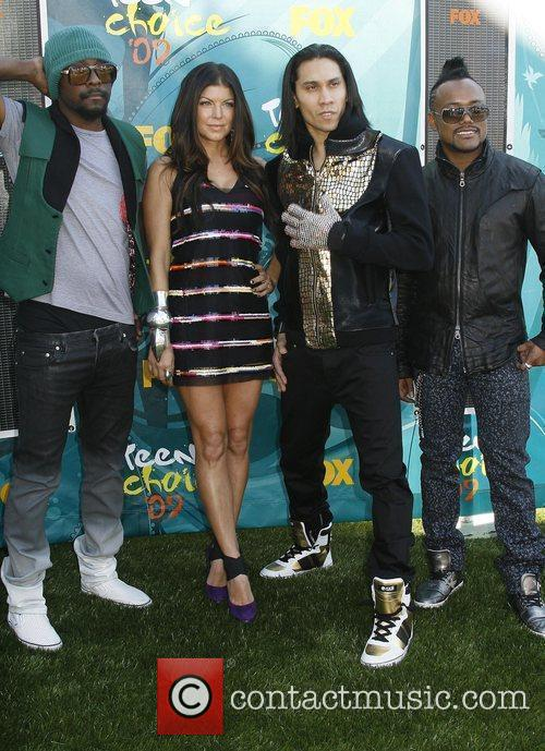 Will.i.am and Black Eyed Peas 1