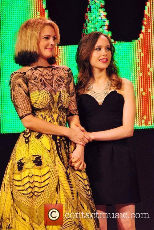 Drew Barrymore and Ellen Page 9