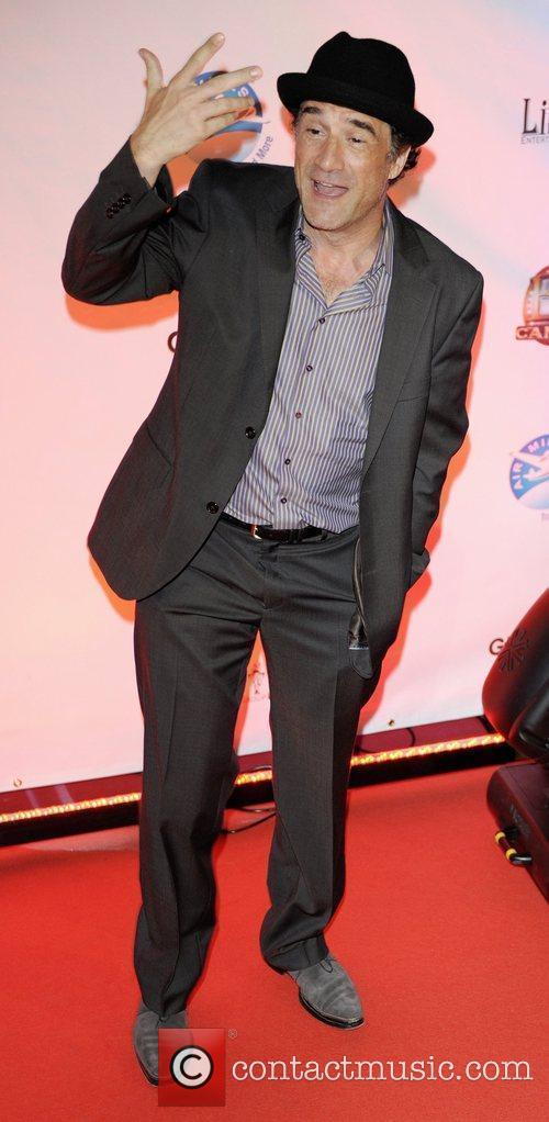 Elias Koteas 11
