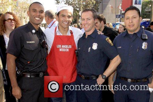 Mayor Antonio Villaraigosa with LAFD Firemen  Kirk...