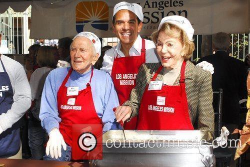 Kirk Douglas and Anne Douglas 11