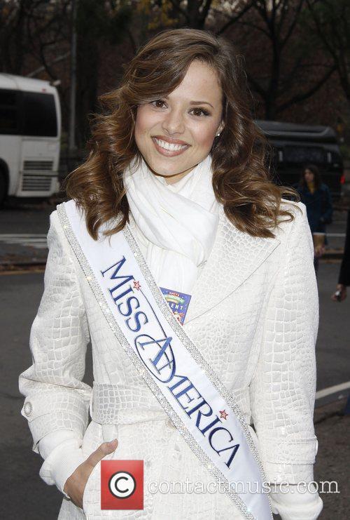 Miss America Katie Stam, Macy's