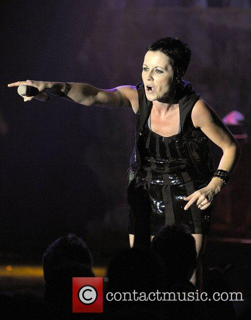 Dolores O Riordan and Cranberries 10