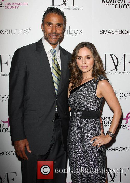 Eliza Dushku Fashion show for Susan G. Komen...