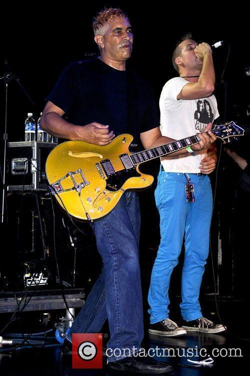 Pat Smear, Shane West The Germs performing at...