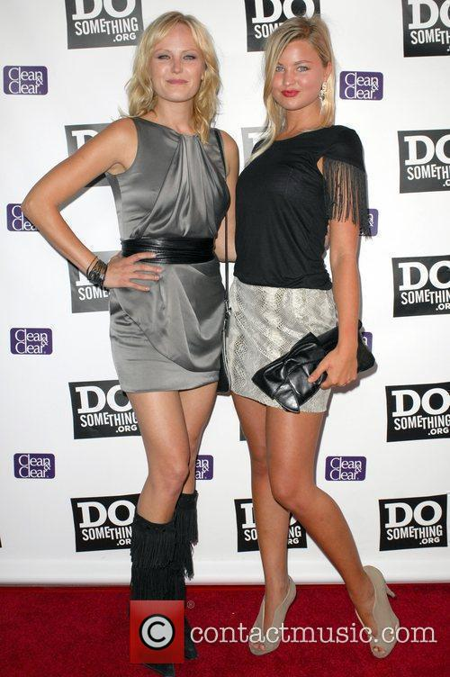 Malin Akerman and Jenny Akerman 4