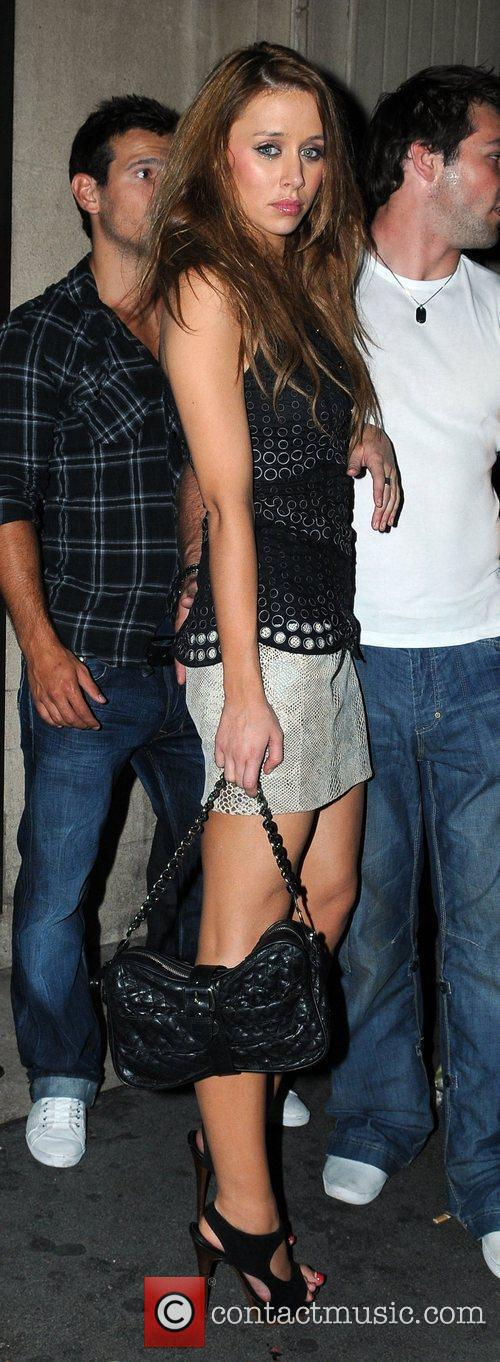 Una Healy and Mahiki Club 8