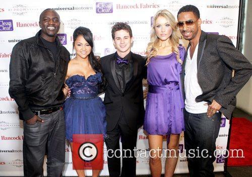 Akon and Motown 5