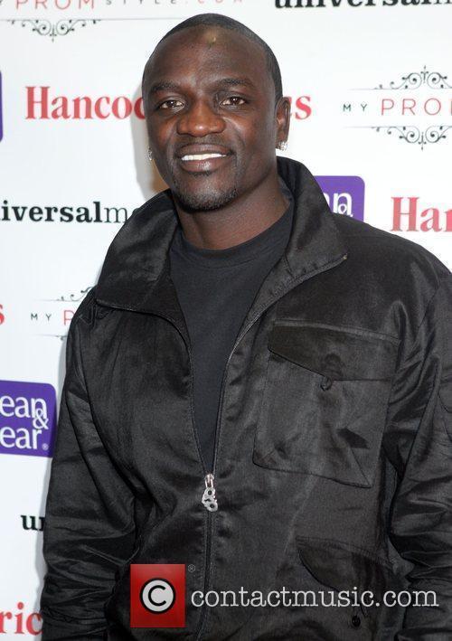 Akon and Motown 4